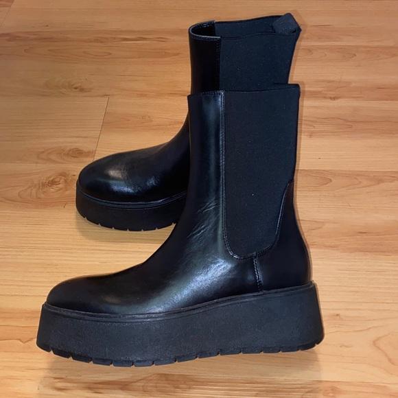 Brand new Zara boots